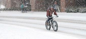 winter-bikers